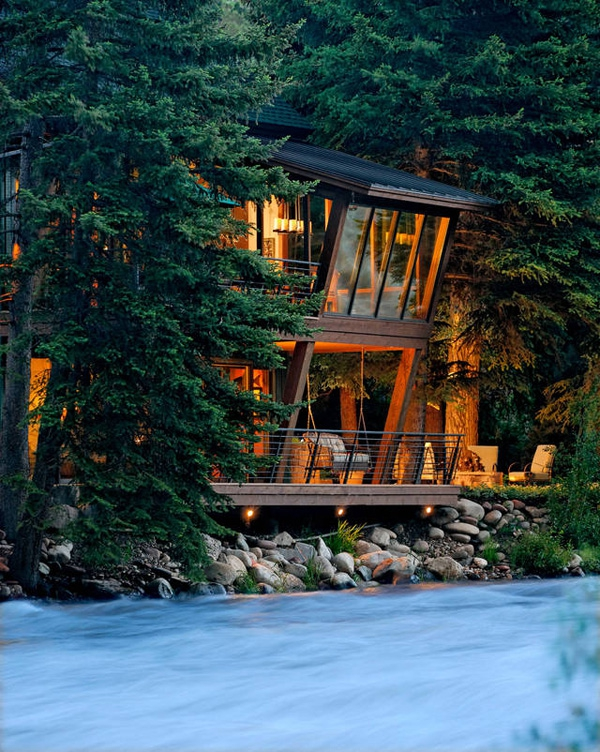 Amazing riverside house Colorado