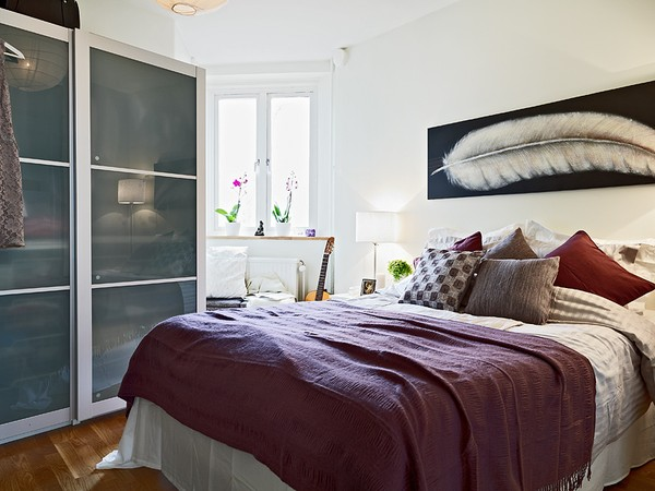 Small Bedroom Design Ideas to Help Realize Big ...
