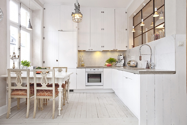 White  wood in the kitchen