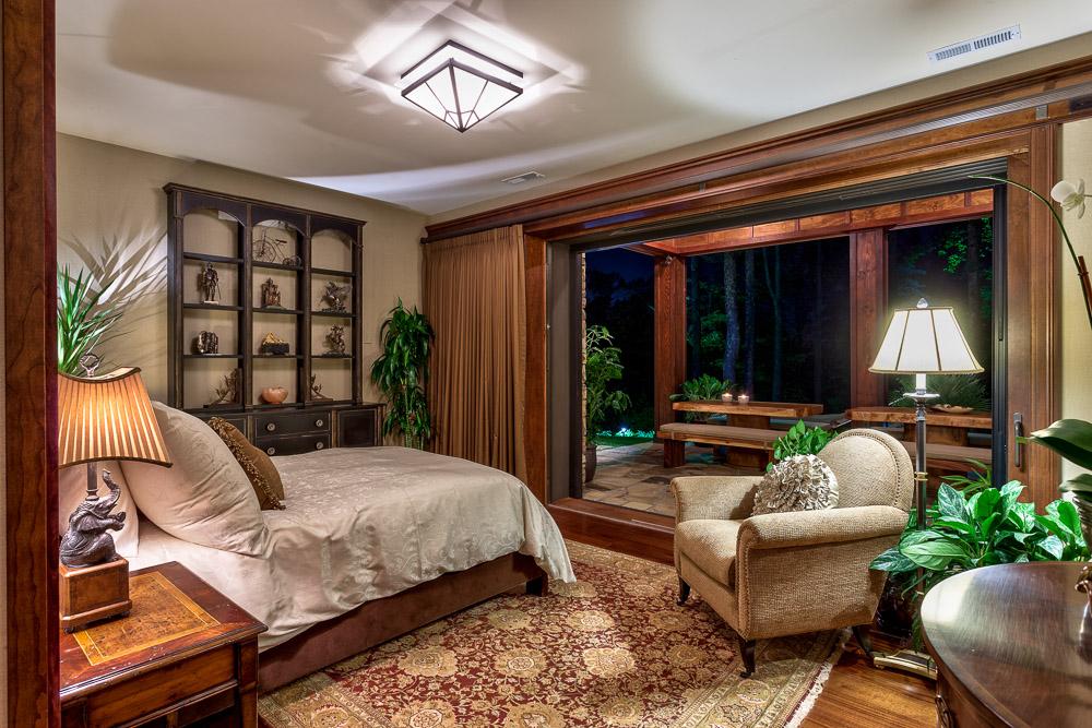 Luvury rustic bedroom