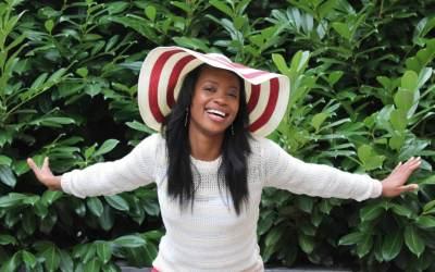 Biographie du chantre Sandra Mbuyi