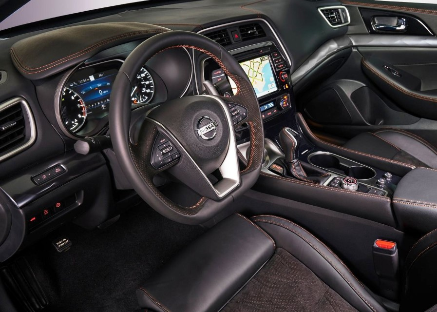 2020 Nissan Maxima Midnight Edition