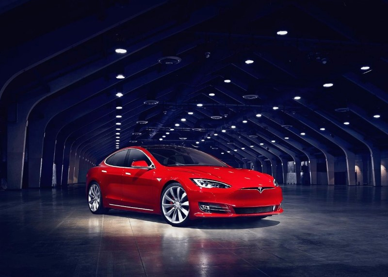 2020 Tesla Model S 100D Price & Availability