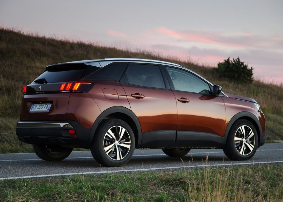 2020 Peugeot 3008 Price and Equipment