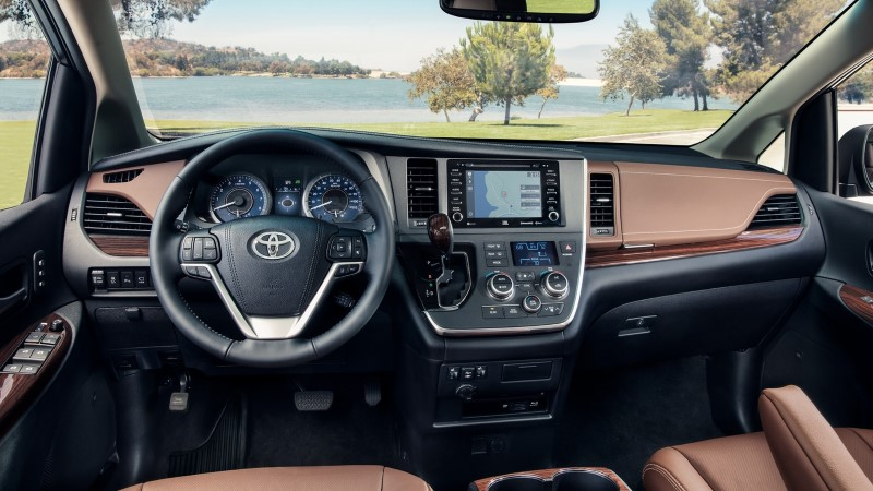 2021 Toyota Sienna Interior Dashboard Updates