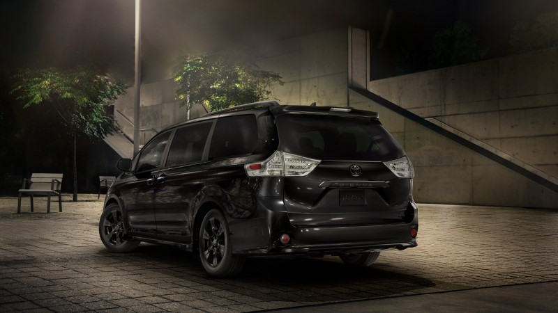 2021 Toyota Sienna Price & Lease Deals