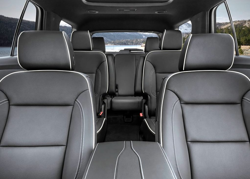 2021 Chevy Traverse 6 Passenger SUV Interior
