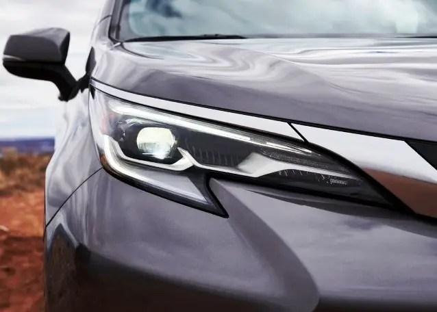 2022 Toyota Sienna Headlight