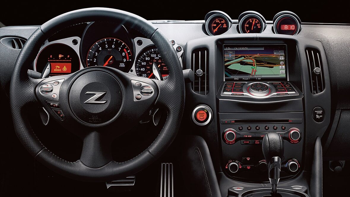 2022 Nissan 380z Dashboard