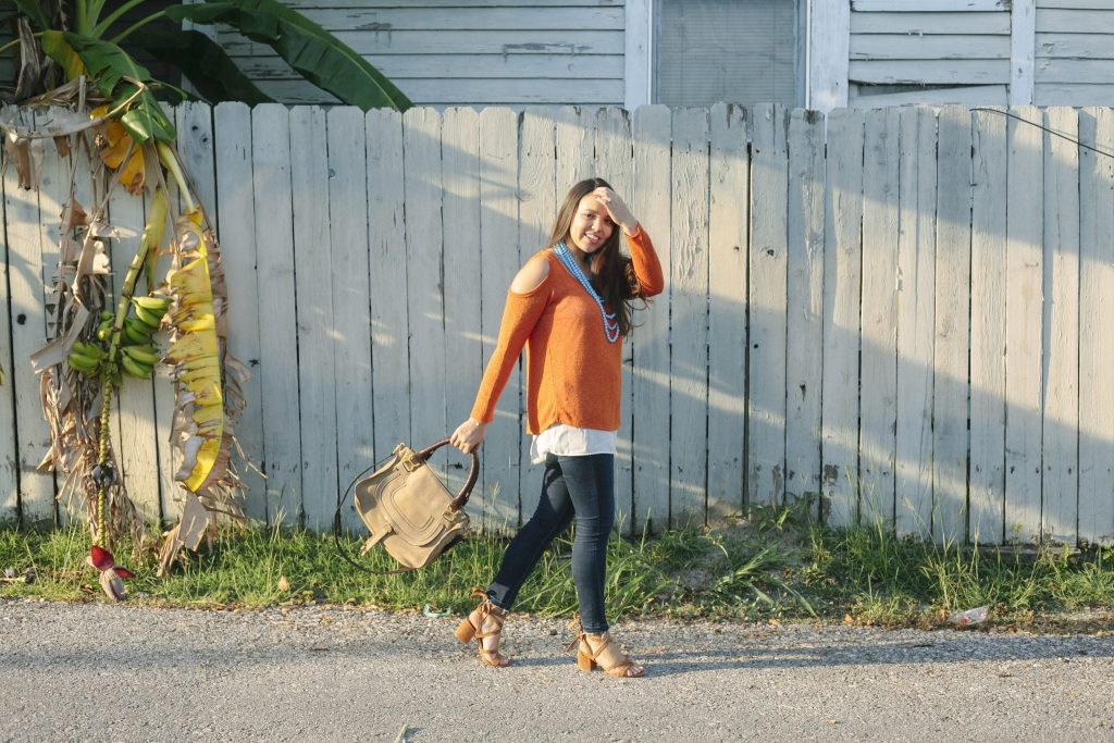 Football Fridays // Longhorn Gameday Outfit For Fall