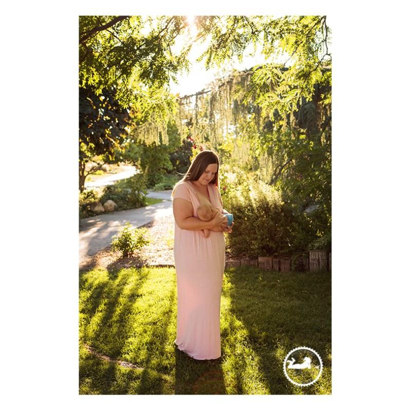 Tri-Cities WA Breastfeeding nursing nursing portrait photographer Adored by Meghan Rickard Photography