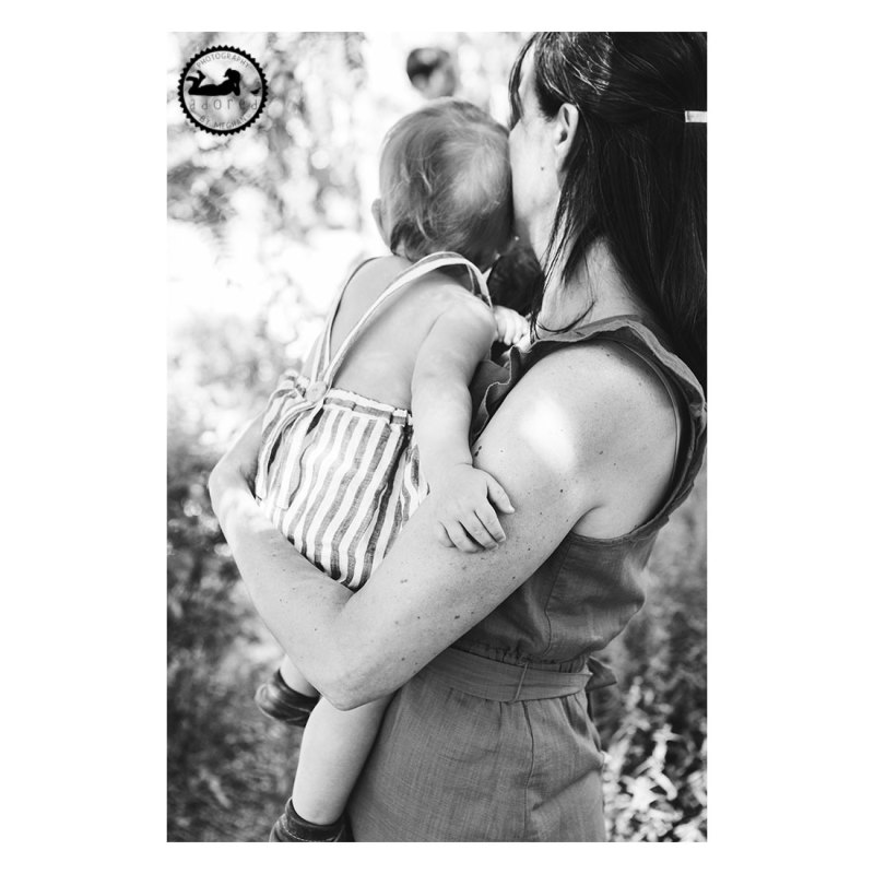 Motherhood Adored. Portrait by Meghan Rickard, Kennewick, WA.