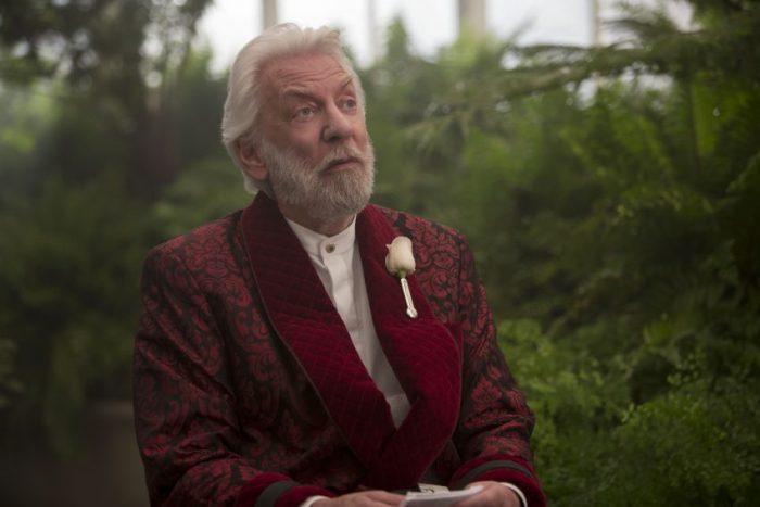 Szenenbild aus HUNGER GAMES MOCKINGJAY - Präsident Snow (Donald Sutherland) - © 2015 StudioCanal