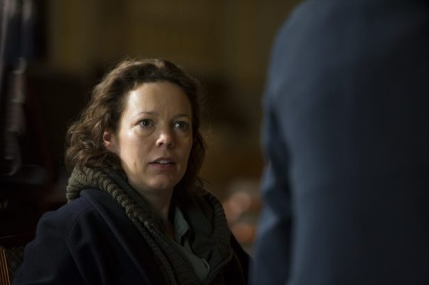 Angela Burr (Olivia Colman) - © Concorde Home Entertainment