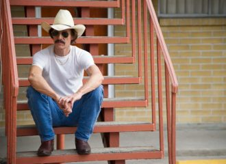 Szenenbild aus DALLAS BUYERS CLUB - Ron Woodroof (Matthew McConaughey) - © Ascot Elite