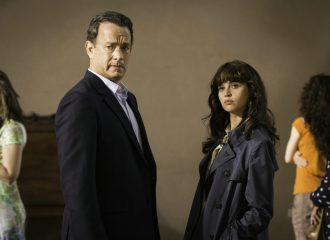 Szenenbild aus INFERNO (2016) - Robert Langdon (Tom Hanks) und Dr. Sienna Brooks (Felicity Jones) - © Sony Home Entertainment