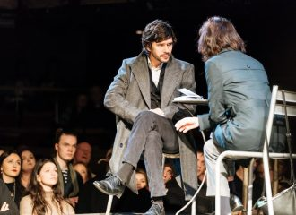 Ben Whishaw (Brutus) and Michelle Fairley (Cassius) - Julius Caesar at the Bridge Theatre - Photo credit Manuel Harlan