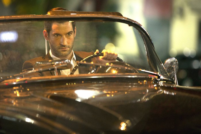 Szenenbild aus LUCIFER - Staffel 1 (2016) - Lucifer (Tom Ellis) - © Amazon Newsroom