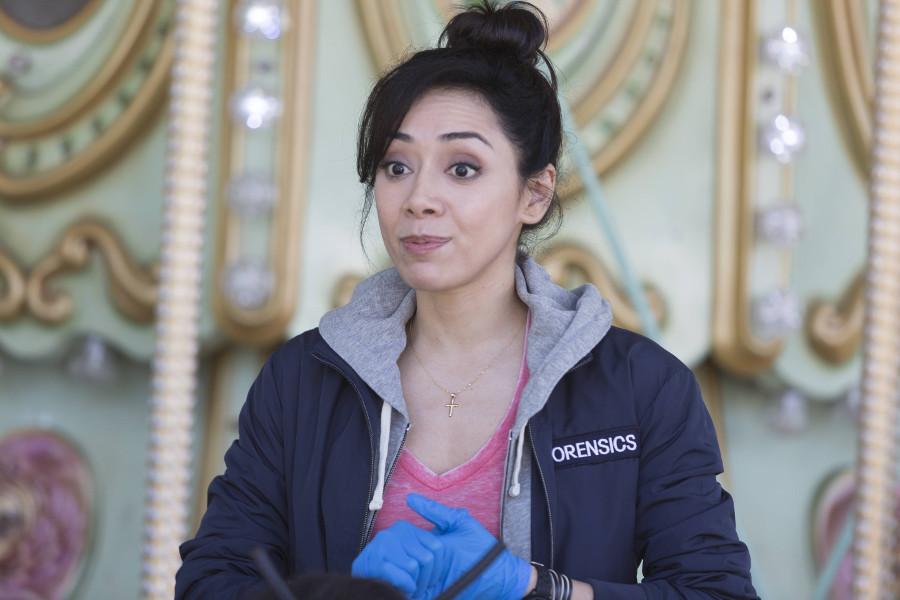 Szenenbild aus LUCIFER - Staffel 2 - Ella Lopez (Aimee Garcia) - © Amazon Newsroom