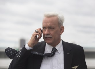 Szenenbild aus SULLY (2016) - Chesley B. Sullenberger (Tom Hanks) - © Warner Bros.