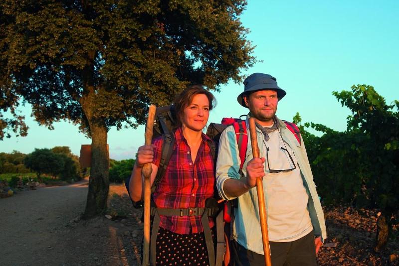 Szenenbild aus ICH BIN DANN MAL WEG - Stella (Martina Gedeck) und Hape (Devid Striesow) - © Warner Bros. Deutschland