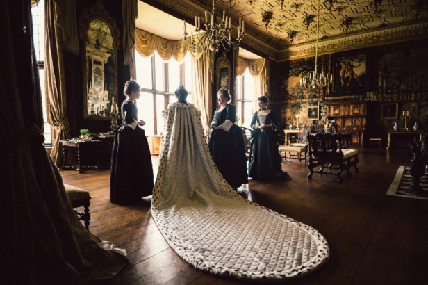 Szenenbild aus THE FAVORITE - Opulente Kostüme - © 20th Century Fox