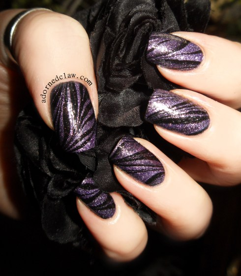 water marble adorned claw