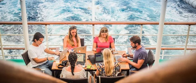 NomadCruise - Adoro Home Office