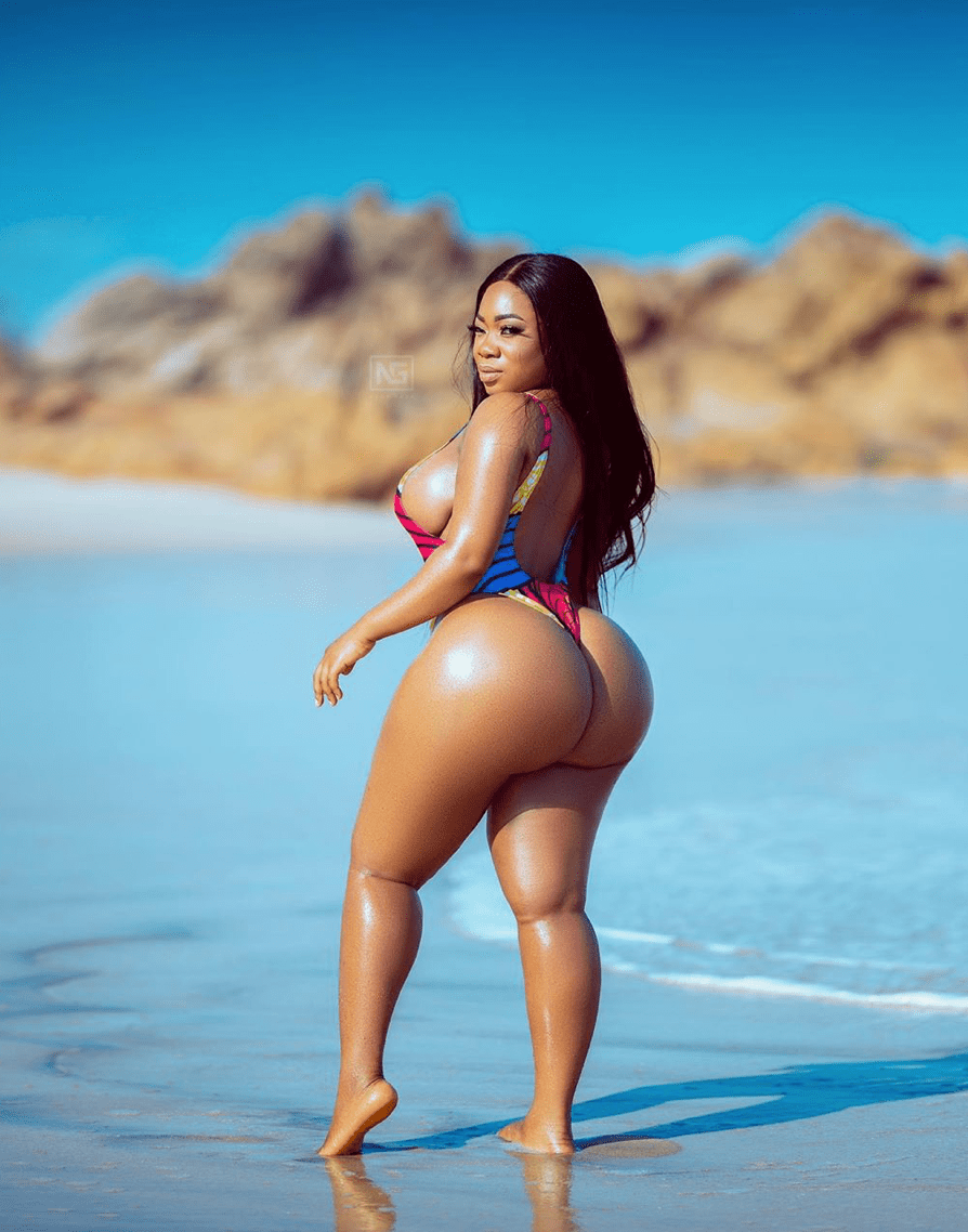 Moesha Bodoung is back with a bang! Check out her new hot bikini photo