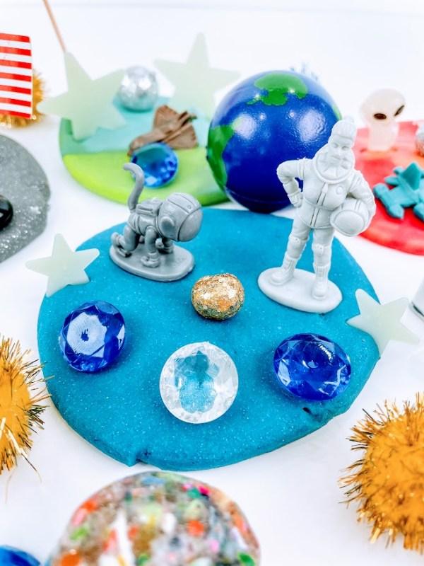 alien playdough kit