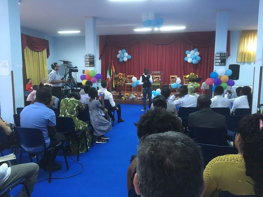 """Il Sabato Del Rifugiato Illumina Una """"chiesa Santuario"""" Nel Sud Italia"""