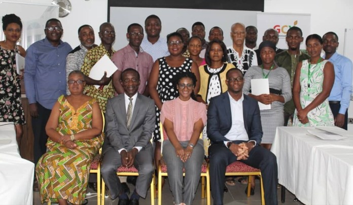 The officials of GCX and the workshop participants