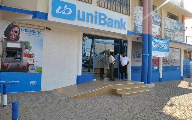 Receiver for Unibank files application to halt arbitration hearing