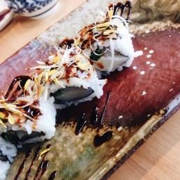 Tburu maki sushi