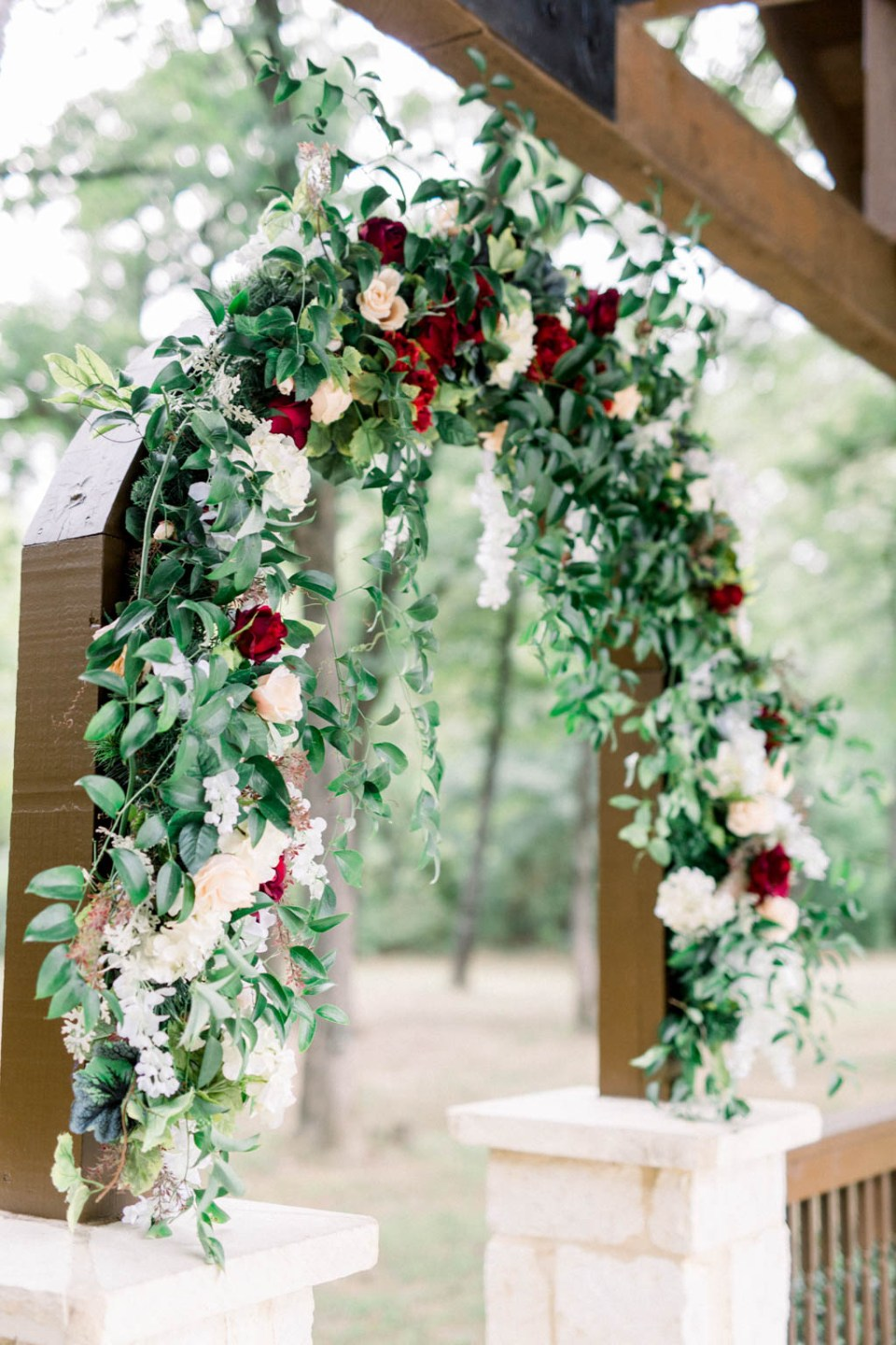 Wedding flower arch by Dallas florist Wild Rose Events, photographed by Dallas wedding photographer Adria Lea Photography