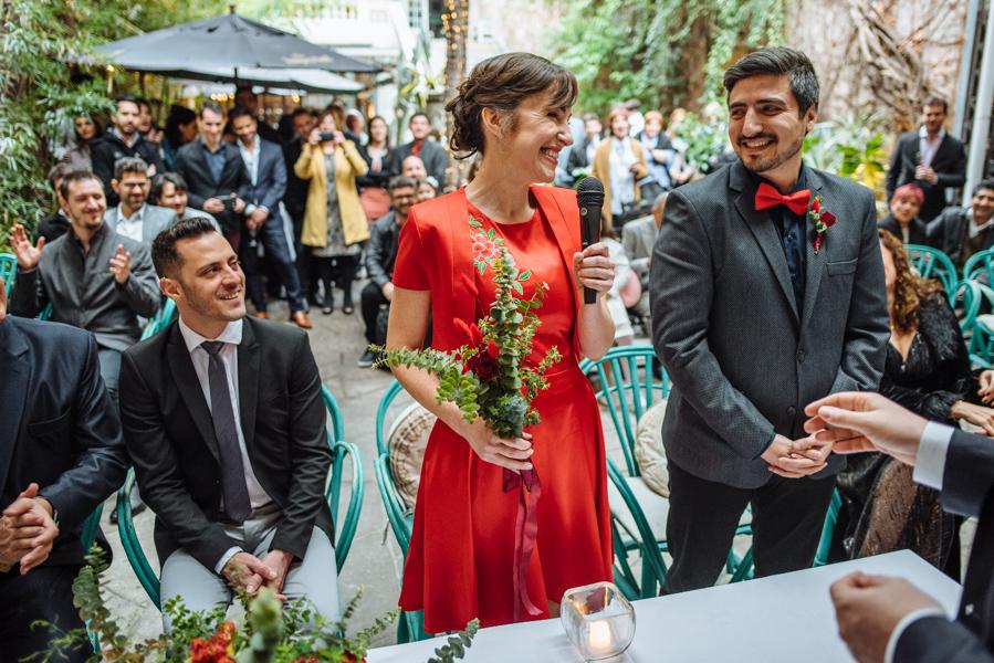 Gisele y Gustavo - Boda en Million Buenos Aires registrado por la galardonada fotógrafa de boda en Buenos Aires Adriana Carolina. Fotografía de Boda.