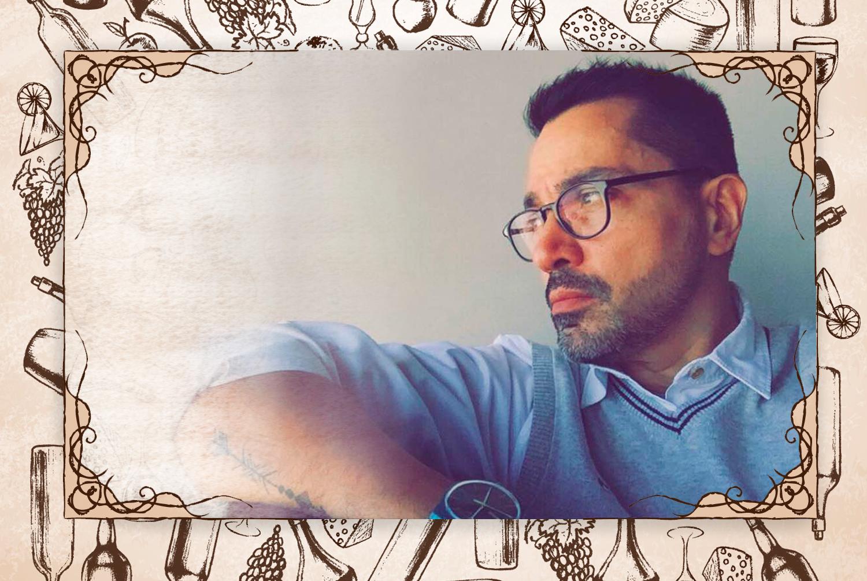 """Así me presento:  """"Los libros, la fotografía, la música y la buena mesa son cuatro de mis pasiones. Creo en cada experiencia gastronómica como una historia para contar"""". (FOTO: Andry Rivas)"""