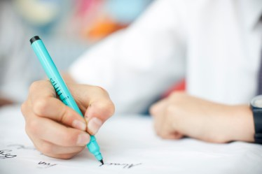 ChildWritingCloseUp_tcm4-628871