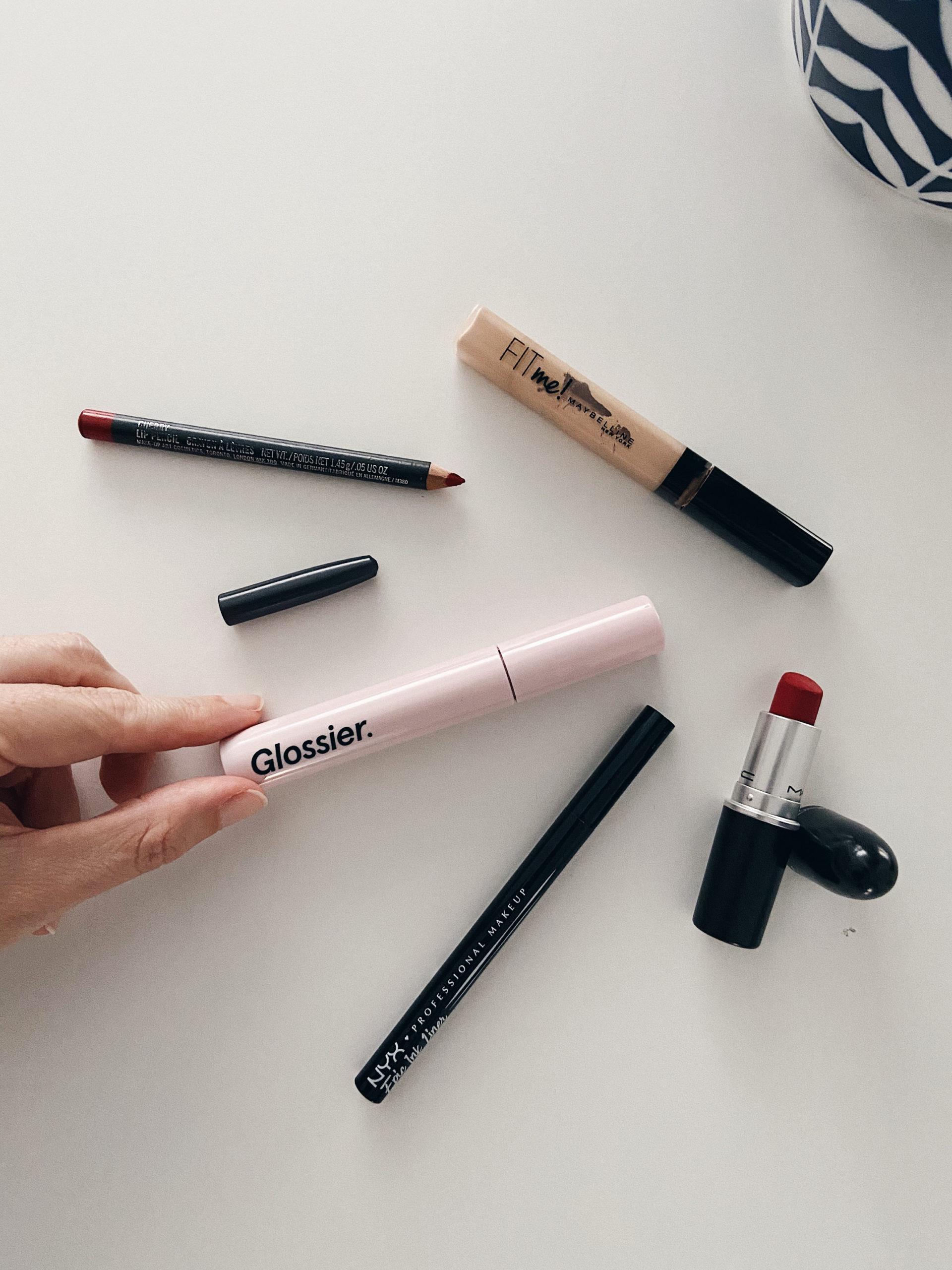 cinco imprescindibles de maquillaje