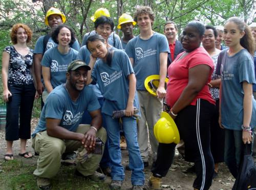 Green_Team_Group_Picture