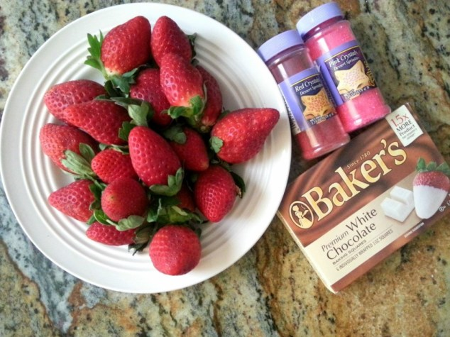 Ingredients for preparing White Chocolate Strawberries #ABRecipes
