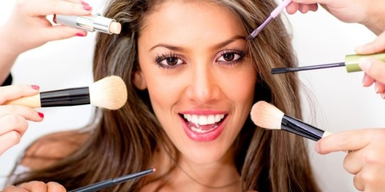 Truques para afinar o rosto com maquiagem 1