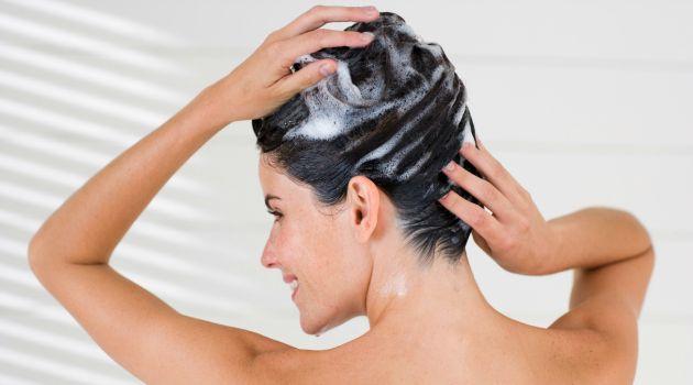 7 truques para turbinar a hidratação dos cabelos em casa