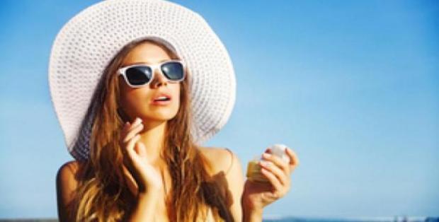 proteger os cabelos dos raios do sol