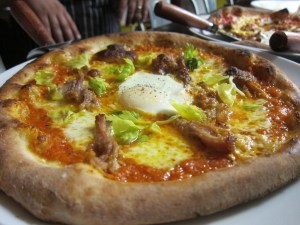 Pizza at Hog and Hominy