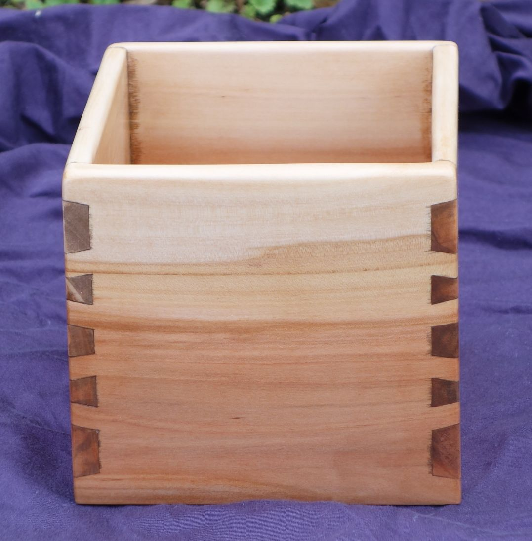 Twisted Dovetail Box  Adrian Makes