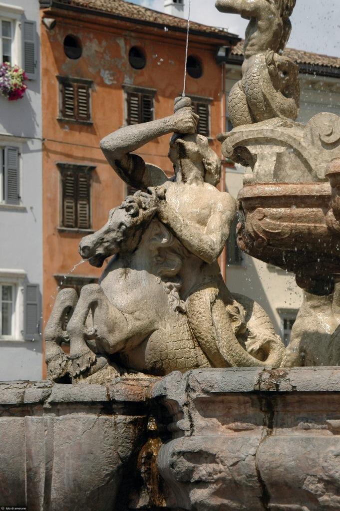 Trento, Fontana di Nettuno