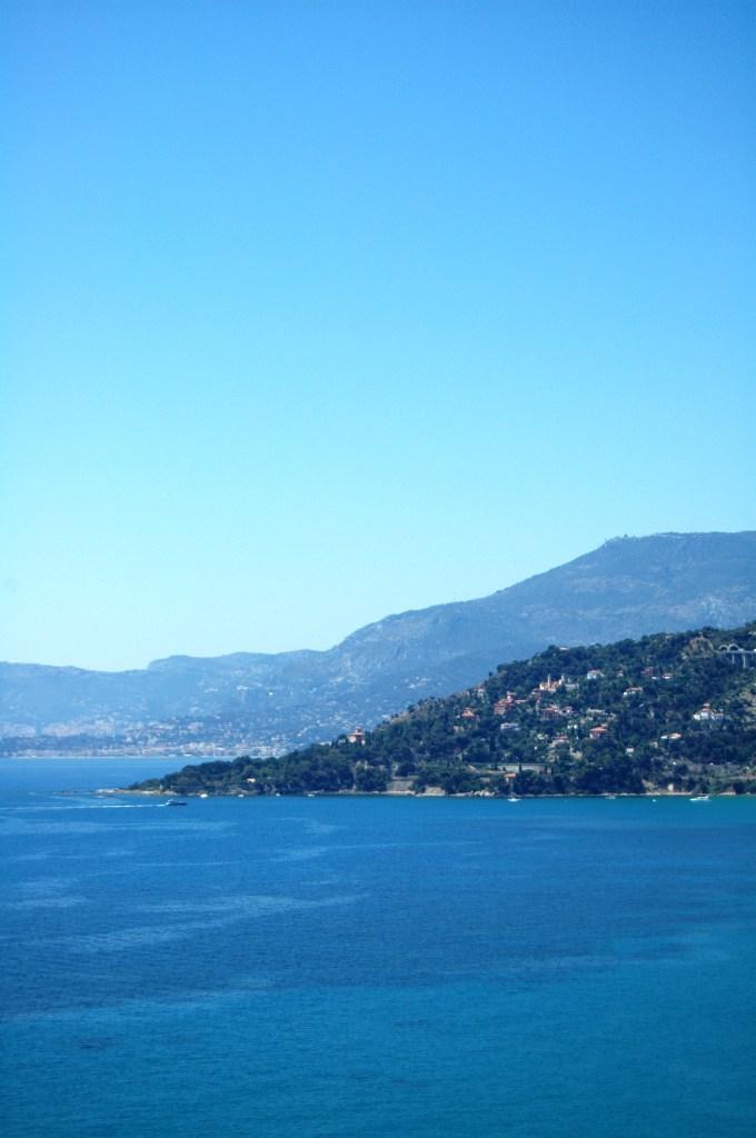 Vista da Ventimiglia (IM) su Capo Mortola e su Mentone