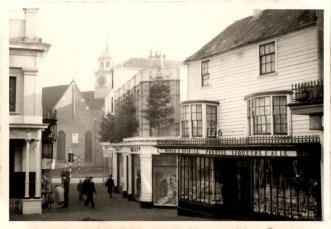 Original photograph of the Pantiles December 1959.
