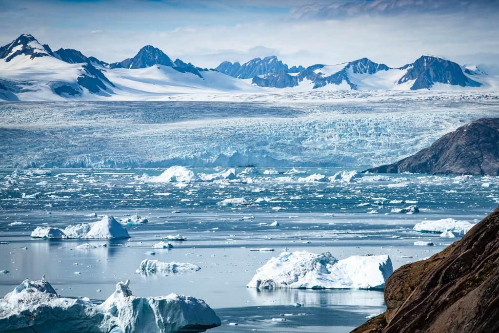 Icebergs Glacier Kangerdlugssuaq Fjord
